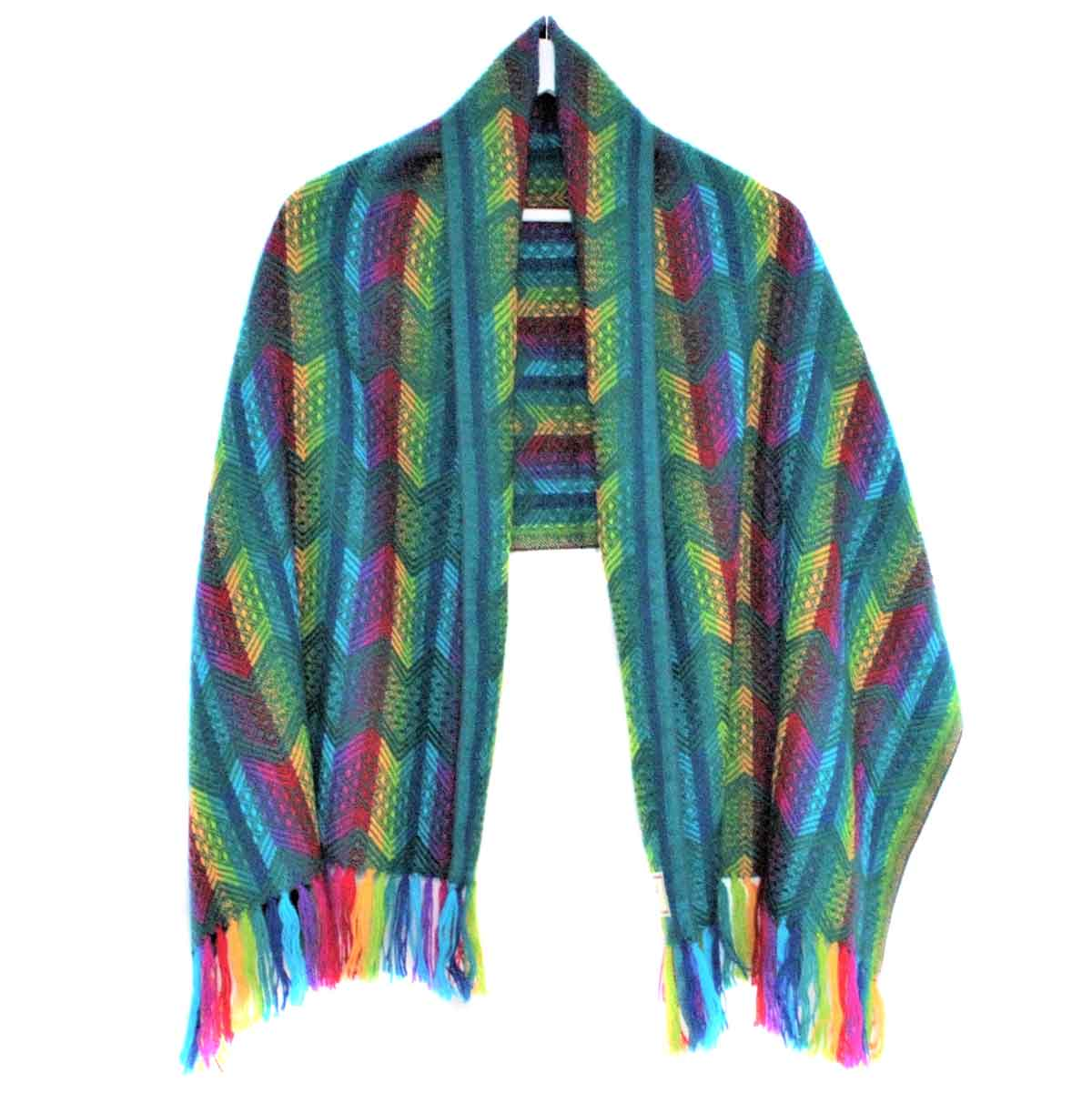 Inka-Products-Châle SAYTU-Vert motifs ethniques-2