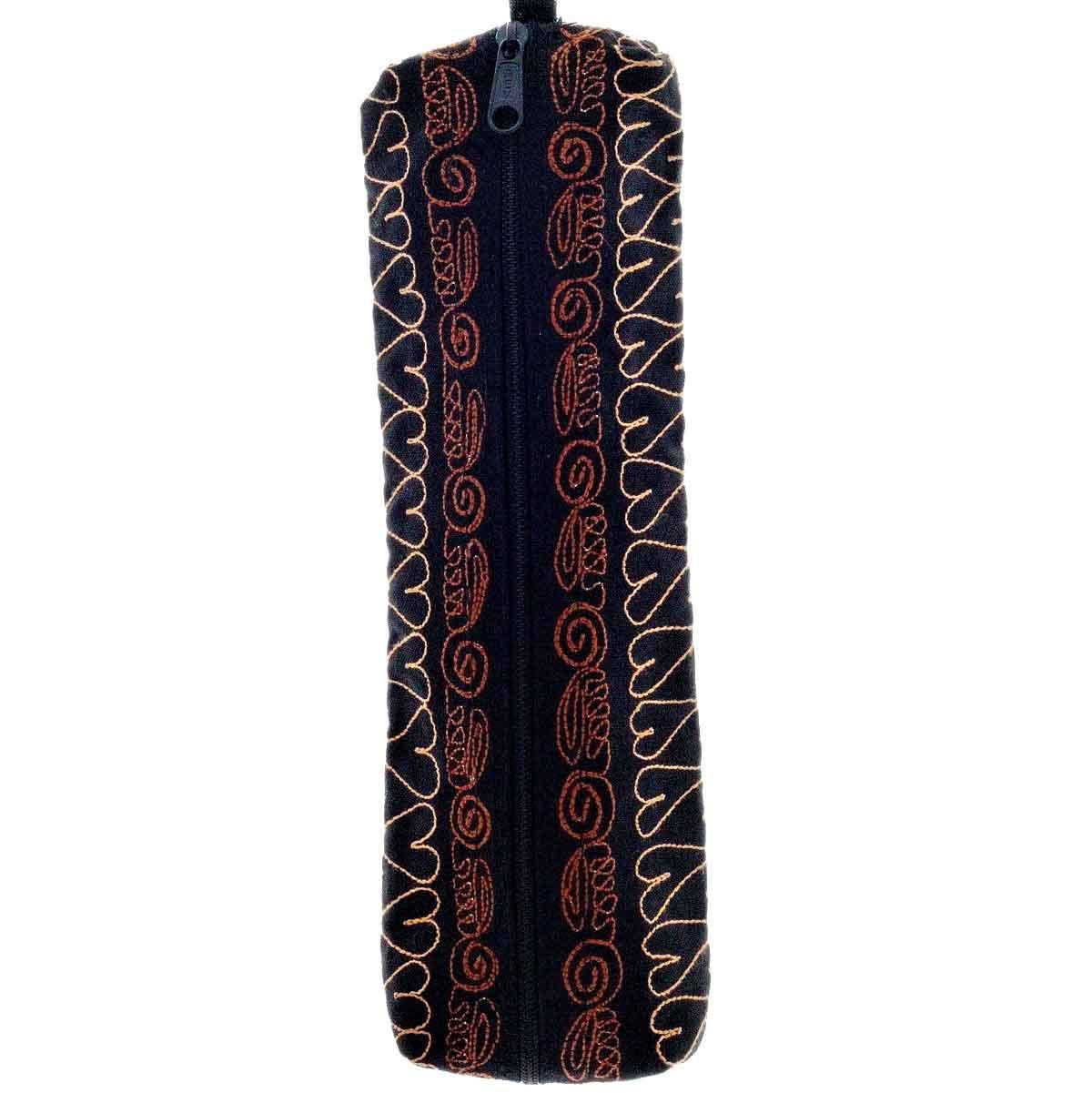Inka-Products-Trousse Vallée du COLCA-Noir Motif Vigogne Sauvage-2